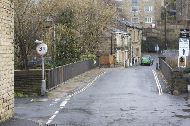 Scar Head Road crosses Stirk Bridge