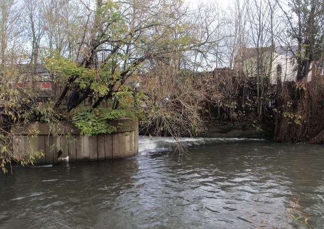 Weir on the Wandle
