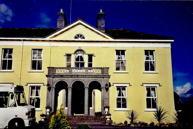 Castledaly Manor