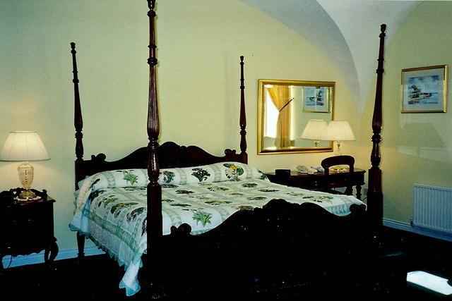 Castledaly Manor - Bedroom #10 in basement