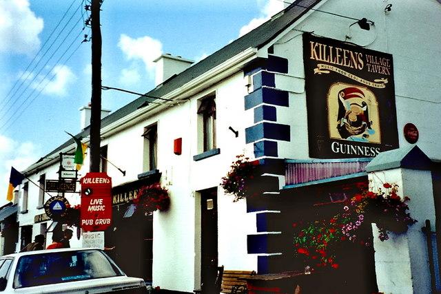 Shannonbridge - Killeen's Pub along Main St (R357)