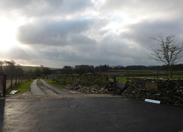 Entrance to Woodside Farm, Whitfield Lane