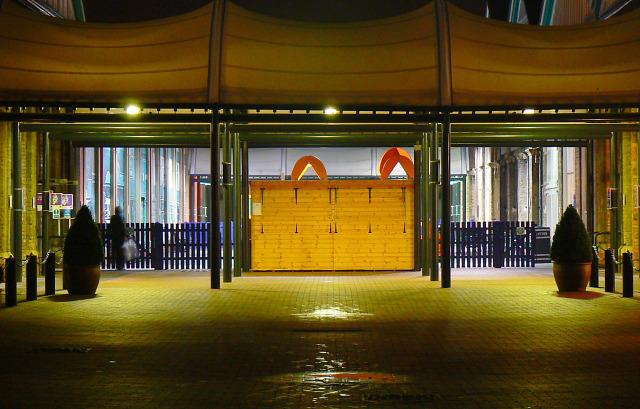 Another entrance to Swindon Designer Outlet, Swindon