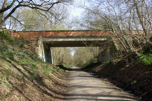 Worth Way,  Garden Wood Road bridge