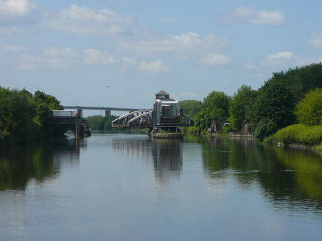 Approaching Barton Road Swing Bridge and Bridgewater Canal Bridge