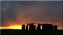 SU1242 : Stonehenge Sunset (3) by Peter Trimming