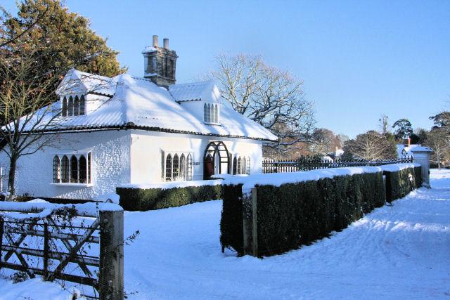 Gatehouse to Ickworth Park by Bob Jones