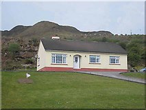 G9214 : Bungalow at Arigna by Oliver Dixon