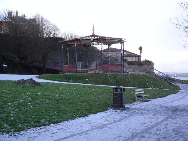 Dilapidated bandstand, Bangor