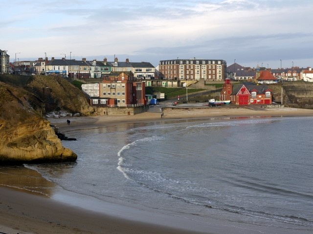 View north across Cullercoats Bay