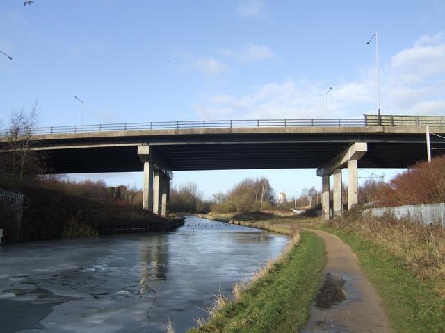 Birmingham Main Line Canal - Black Country Route Bridge