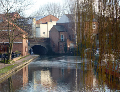 SK7080 : Chesterfield canal at Retford by Andrew Hill