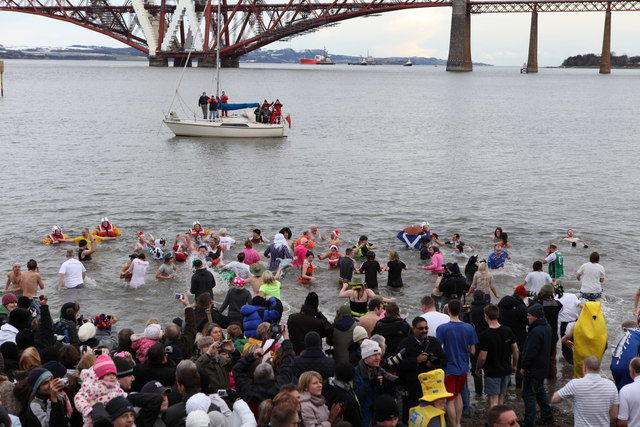 The Loony Dook © Calum McRoberts :: Geograph Britain and Ireland