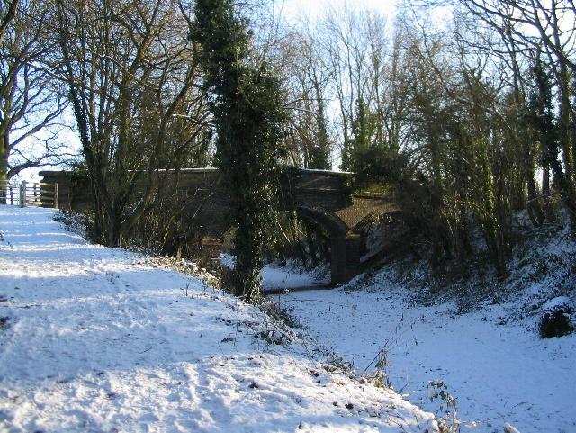 Bridge over the Kenilworth Greenway