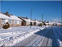 SE2853 : Larkfield Drive by Gordon Hatton