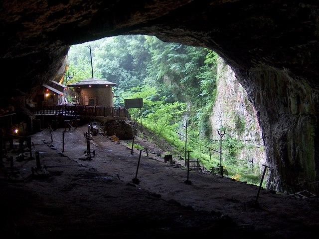Entrance to Peak Cavern, Castleton