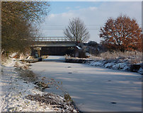TM1444 : Railway bridge over the river Gipping by Andrew Hill