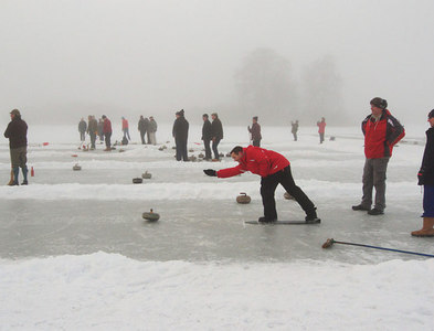 NO1942 : Curling on Stormont Loch by Rob Burke
