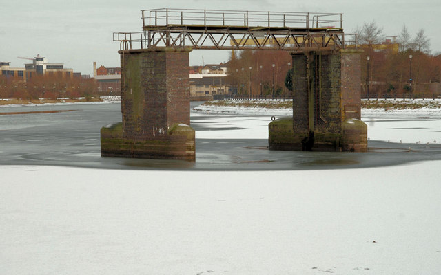 The frozen River Lagan, Belfast (7)