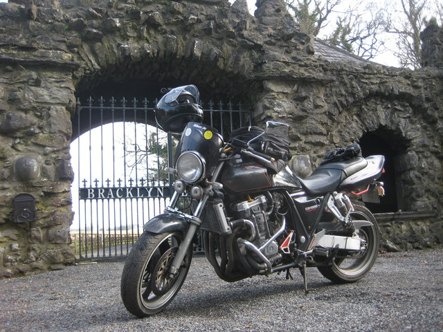 Gate Lodge At  Bracklyn Estate