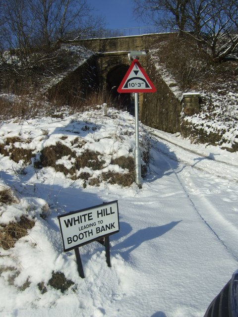 White Hill leading to Booth Bank