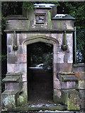 SJ8959 : Gate to Grange by Jonathan Kington