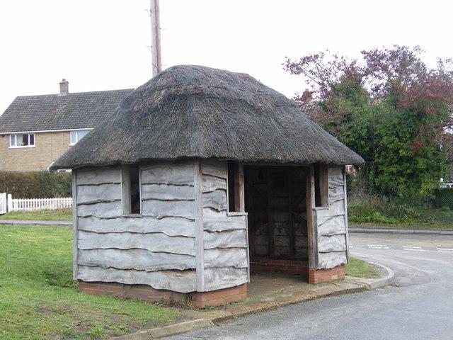 Thatched bus shelter, Aldeby
