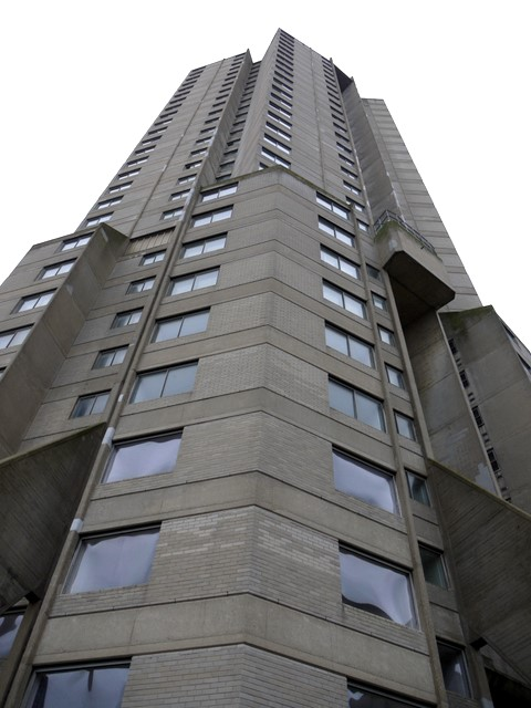 The Dunston Rocket (looking up)