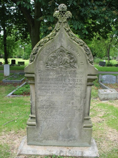 Grave of Thomas Henry Smith in Jarrow Cemetery