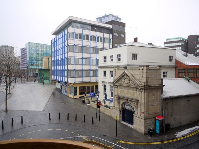 New Bridge Street and Blue Carpet Square