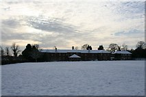 SU5985 : Old accommodation by Bill Nicholls