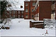 SU5985 : Sad looking wards by Bill Nicholls