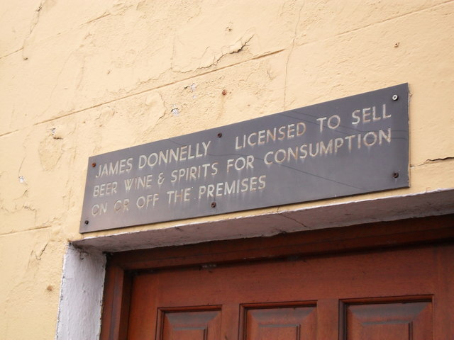 Pub licensing sign, Coagh Street, Cookstown