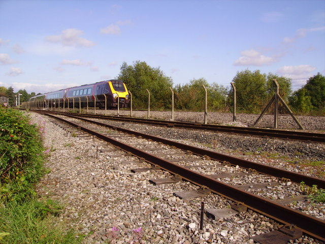 Arriva Cross Country passing Didcot