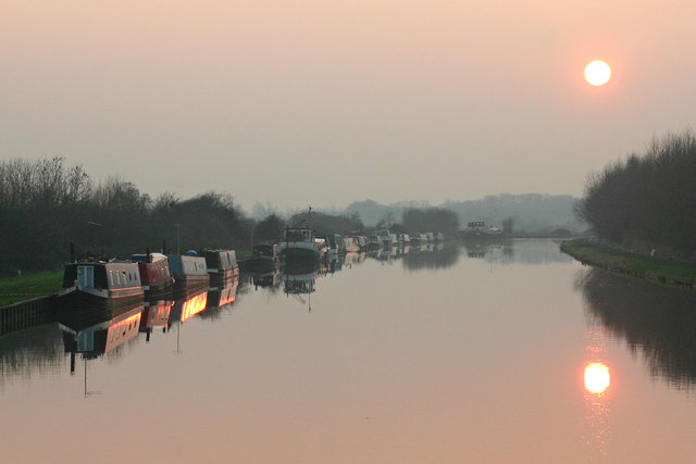 gloucester and sharpness canal at dusk  u00a9 mike baldwin