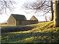 SU2688 : Derelict barn, Ruffinswick Farm by Maigheach-gheal