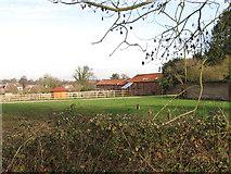 TG1607 : Manor Farm Barns by Evelyn Simak
