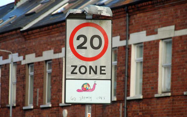 20mph zone sign, Belfast
