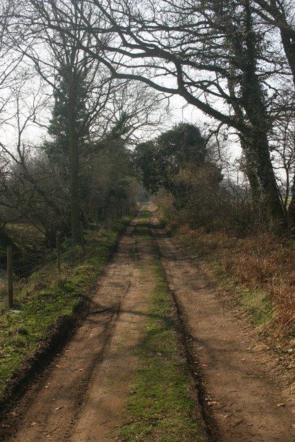 Track bordering Thompson Common