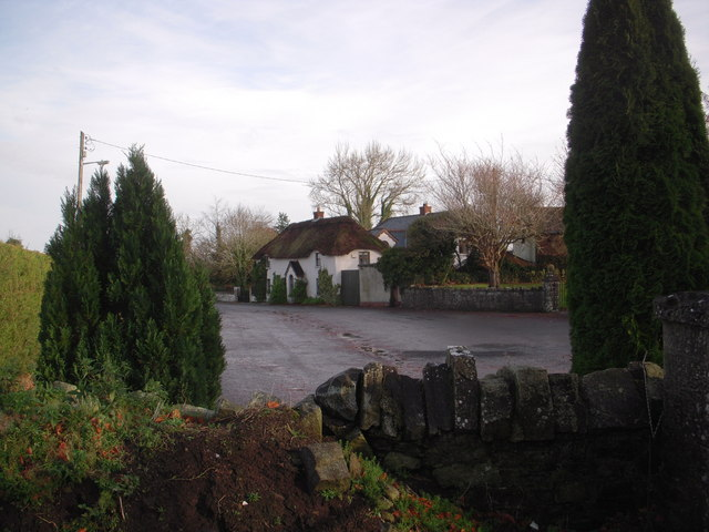 Rathfeigh Thatched House