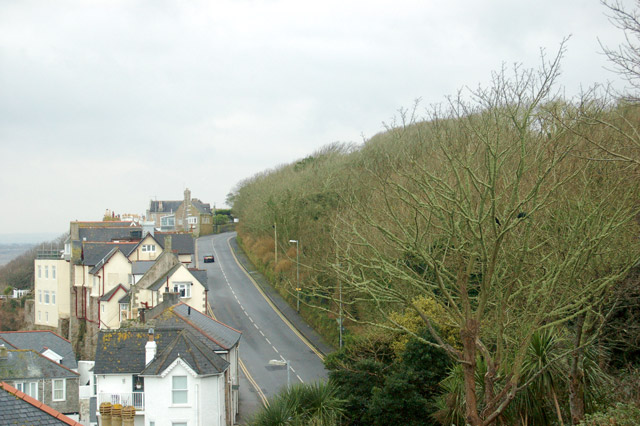 Trelyon Avenue (A3074) seen from Albany Terrace, St Ives