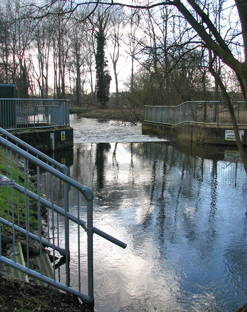 Weir on the River Thet