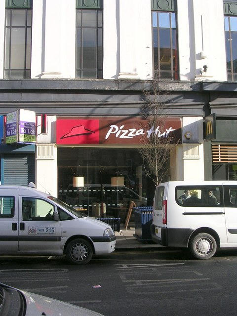 Pizza Hut John William Street Betty Longbottom Cc By Sa