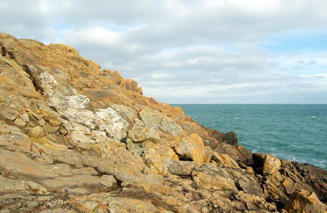Rockscape above Porthgwidden beach, St Ives