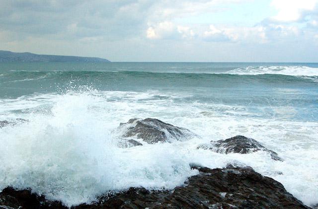 Winter waves at Godrevy (6)