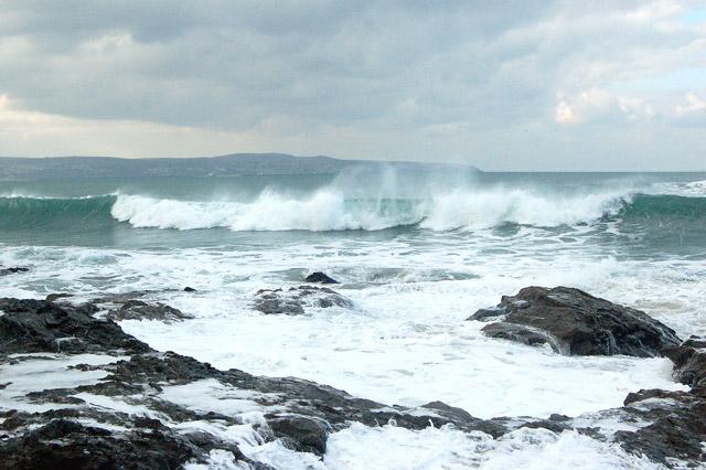 Winter waves at Godrevy (7)