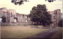 SK7954 : Newark Castle and gardens by Michael Westley