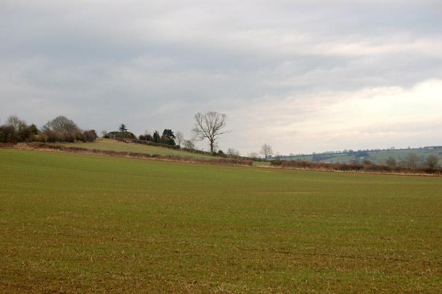 Looking east across farmland south of Flecknoe
