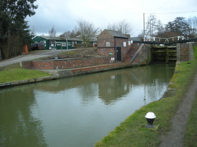Whilton Locks-Grand Union Canal by Ian Rob