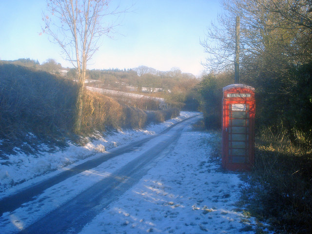 Telephone kiosk at Lower Hergest